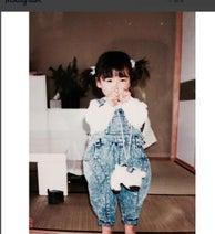E-girls Ami 2歳のころの黒髪だった写真公開し大好評