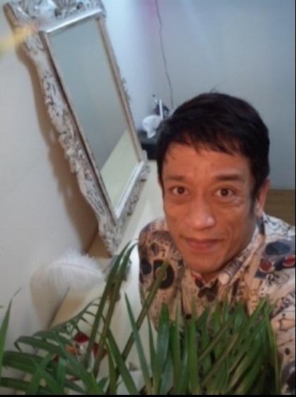 クリス松村 修正なしの顔公開「年相応のサラリーマンみたい」 - Ameba ...