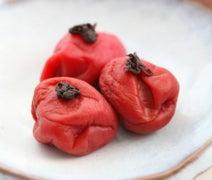 簡単食べるだけ、冬太りを回避する「焼き梅干し」ダイエットとは