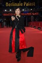 桃井かおり、ベルリン映画祭に感無量 レッドカーペットに登場