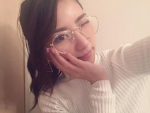 石川恋 ポニテメガネの写真公開で絶賛の声「セクシー」「最高」