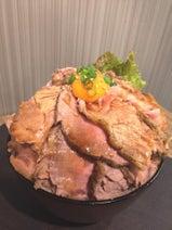 360時間かけてつくる「最強の熟成ローストポーク丼」  1日5食限定で販売