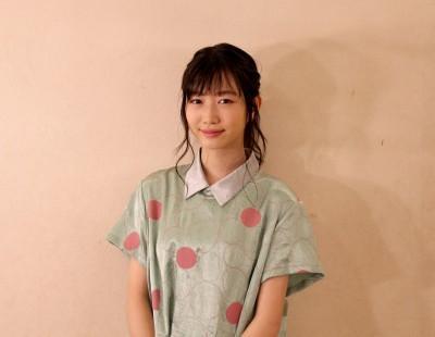 洋服が素敵な岡本夏美さん