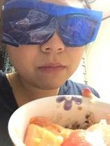 やしろ優 「青メガネダイエット」を海鮮丼で実践、結果報告