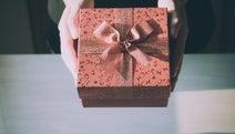 彼氏の誕生日に出せる食事・プレゼント代はいくらまで? 女子大生の予算ランキング!
