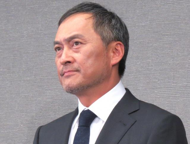 南果歩 News: 渡辺謙、不倫報道認め謝罪 妻・南果歩との夫婦仲「ゆっくりと