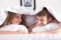 心も体も満たされる!「仲良しカップル」がベッドでしている愛情表現5つ