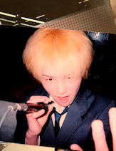 狩野英孝 高校時代の金髪写真公開「調子のってんな。コイツ。。」