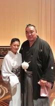 夏木マリ、横綱鶴竜関の結婚式に出席し「横綱白鵬と同じテーブルに」