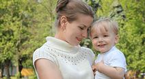 ロンプベイビーが働くママ目線で開発した母子手帳ケースを新発売