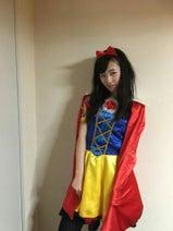 福原遥、キャイ~ン・天野のハロウィンパーティでカオナシの仮装披露「前がまったく見えなくて」