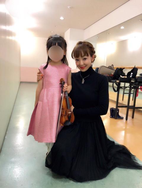 神田うの、娘がバイオリン発表会でアクシデント「小Unoちゃんにとって必要な経験」