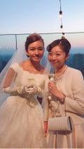 小川真奈、にわみきほの結婚式に出席「歌って踊ってたくさん笑ったなあ」
