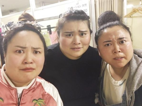 """ニッチェ・江上敬子 """"恐ろしいくらい似てる""""女芸人3ショット公開「顔交換アプリばり」"""