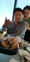 小原正子、家族でハワイ旅行 息子が夫婦2ショットを撮影「めっちゃ上手やん!」