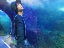 『花晴れ』で女性がメロメロの中川大志、「天馬と水族館デートなう」写真を公開