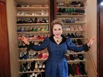 デヴィ夫人、自身の靴箱を公開「3000足の イメルダさんには負けますが(笑)」