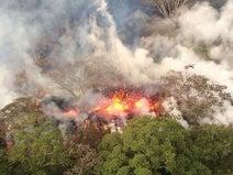 キラウエアが爆発的噴火=噴煙、9100メートルに-米ハワイ島
