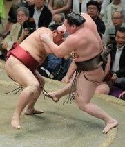 白鵬、阿炎に不覚取り土=栃ノ心6連勝、単独トップ-大相撲夏場所6日目