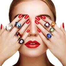 彼氏に「指輪をプレゼントしたい!」と思わせる方法9パターン