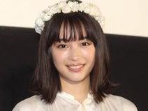 広瀬すず『チア☆ダン』コーチ役、年齢設定にツッコむ声も「大人っぽい」と話題