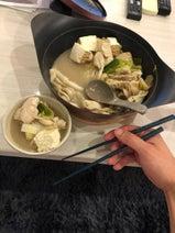 金爆・樽美酒研二、暑い時こそ手作り鍋料理「夏なんかに負けない!」