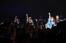 森口博子、地元・福岡でのライブで学生時代の友人と共演「この友情、グッときちゃう」