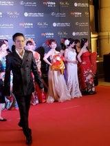 """大沢樹生、台湾でレッドカーペット歩き感激 """"パラダイス銀河""""も熱唱"""