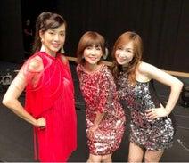 森口博子、早見優、松本伊代とコンサートで熱唱「目指せ70歳!」