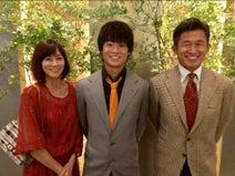 三浦りさ子、夫・カズらと長男の誕生日会「家族思いで、いつも優しい良太」