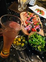 川崎麻世、豪華な手料理でホームパーティー「全部美味しい」