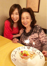 森口博子、82歳になった母親との2ショットを公開「母を誇りに思います」