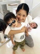大渕愛子弁護士、次男・長女との初3ショットを公開「みんなカメラ目線のいい写真」