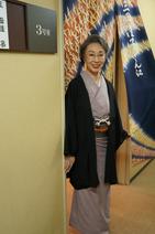 三田佳子、集まった多くの報道陣に「私、一生懸命前へ向かってます」