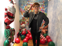 薬丸裕英、自宅で開催したパーティーに参加した豪華メンバーを紹介「総勢70名」