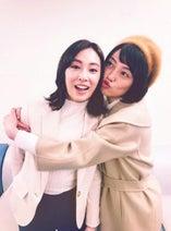 北川景子とドラマ共演し2ショットを公開「まためぐり逢えた」