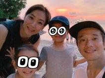藤本美貴、シンガポール旅行で撮影した家族ショット公開「どこに行っても楽しい」