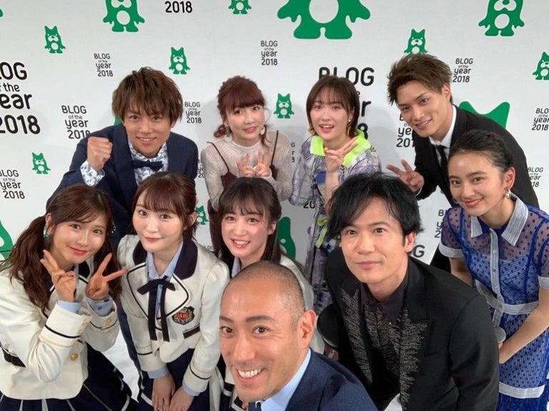 市川海老蔵、『最優秀賞』受賞し稲垣吾郎らとの集合ショットを公開「なぜか私撮る役に」
