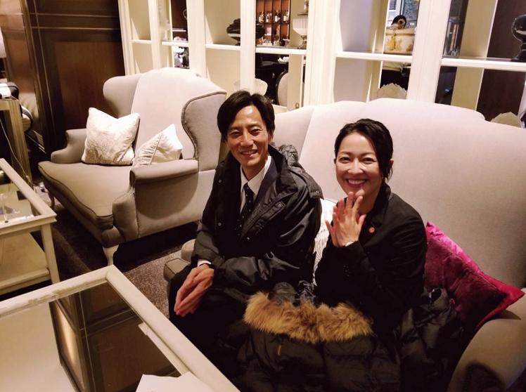 羽田美智子『特捜9』の津田寛治と笑顔ショット公開「このメンバー、、最高に素敵」