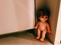 """水嶋ヒロ、夜中のトイレで遭遇した""""ホラー""""な出来事を報告「人形が目の前で見てて」"""