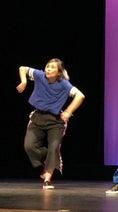 野沢直子、ヒップホップを踊る写真を公開「ほねほねロック、かっくんかっくんじゃないです」