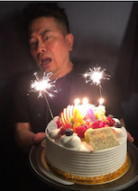 はんにゃ・川島、雨上がり・宮迫の誕生日をサプライズで祝福「すごい顔してる」