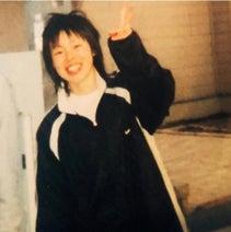 ブルゾンちえみ、中学生時代の写真を公開「当時の上戸彩さんが、こういう髪型してた」