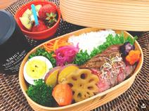 渡辺美奈代、次男の高校初のお弁当に「豪華」「素晴らしい」の声