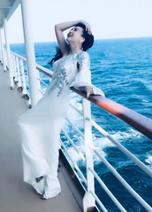 藤原紀香、初体験のクルーズ客船でのドレス姿に「美しすぎ」「かっこいい」の声