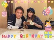 小川菜摘、夫・浜田雅功の誕生日を家族でお祝い「健康で充実した1年になりますように」