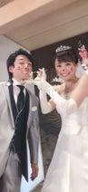 """小林麻耶、香取慎吾が撮影した""""プチ結婚式""""写真を公開「自撮りをしてくださいました!」"""