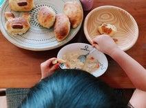 水嶋ヒロ、娘が妻・絢香と一緒に手作りしたパン「すごく気に入ったみたい」