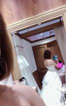 高橋真麻、純白ウェディングドレスを着た後ろ姿を公開「試着して即決」