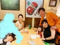 """東尾理子、すみれが""""父の日ディナー""""をご馳走「主人は幸せ者です」"""
